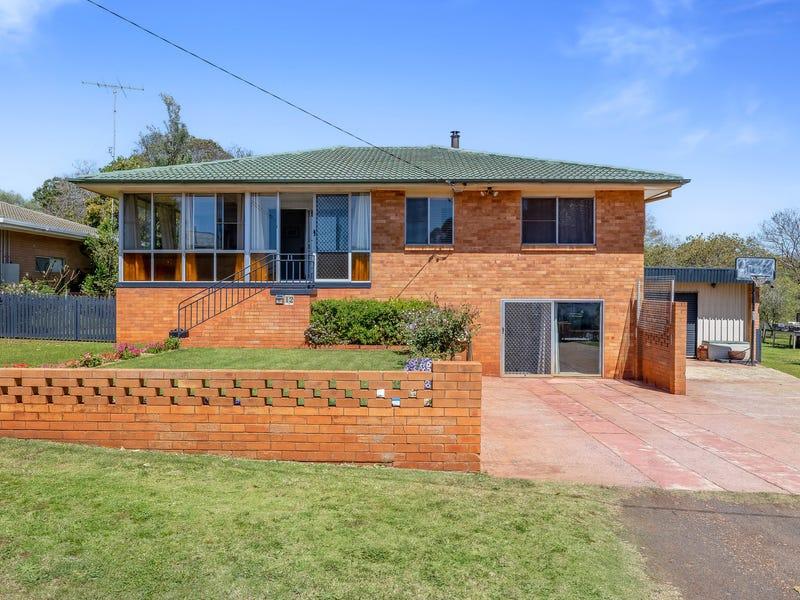 12 Gold Street, South Toowoomba, Qld 4350