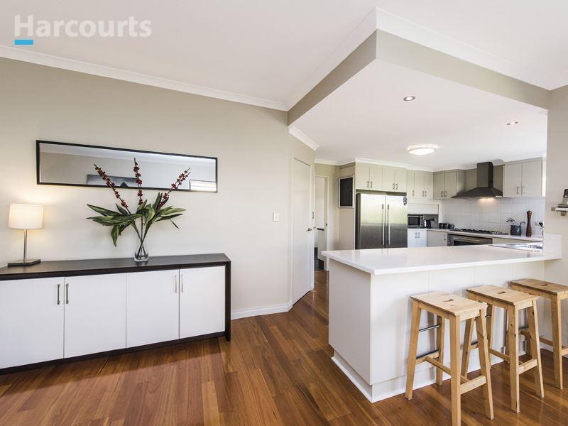 9 Auckland Way, Hocking, WA 6065