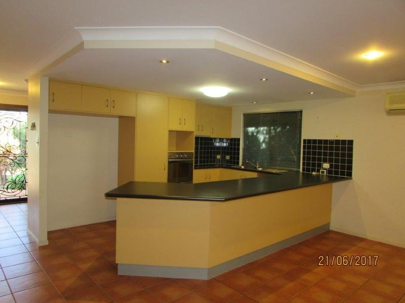 38 Grosvenor Drive, Moranbah, Qld 4744
