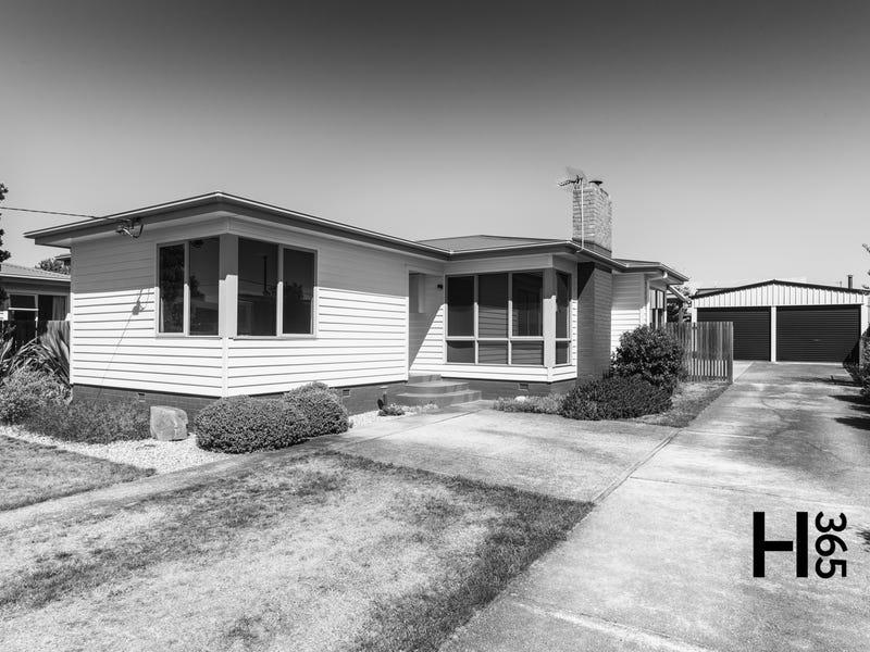 4 Churchill Avenue, Devonport, Tas 7310