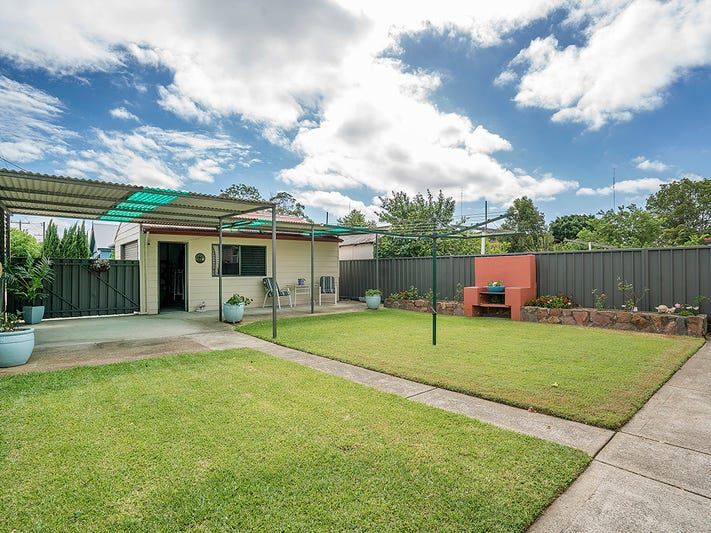 8 Third Street, Adamstown, NSW 2289