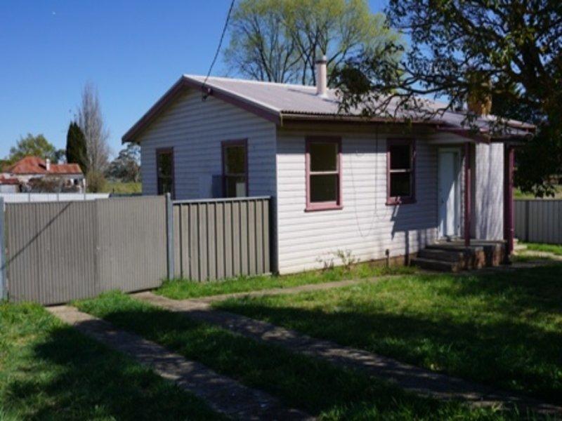 158 Sandon Street, Guyra, NSW 2365