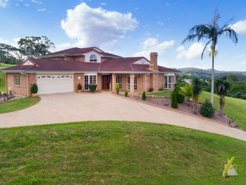 77 McMullen Road, Brookfield, Qld 4069