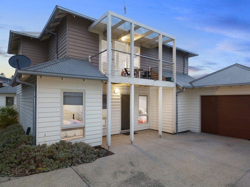 2/1 Queen St, Queenscliff, Vic 3225