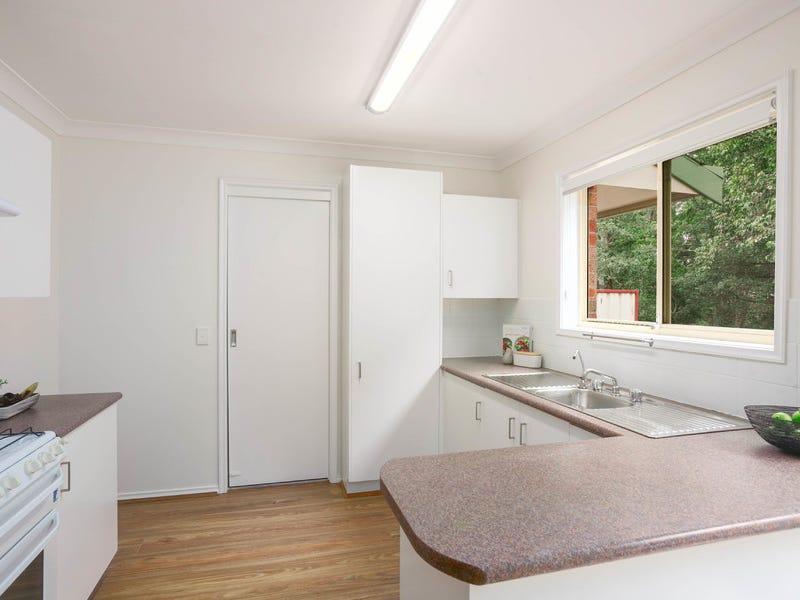 3/6a Milne Crescent, Coniston, NSW 2500