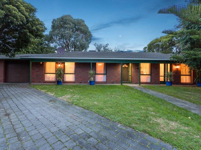 11 Dampier Court, Endeavour Hills, Vic 3802