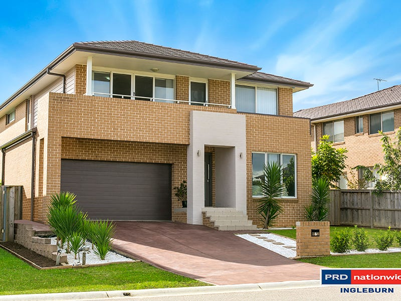 6 Jarvisfield Place, Macquarie Links, NSW 2565