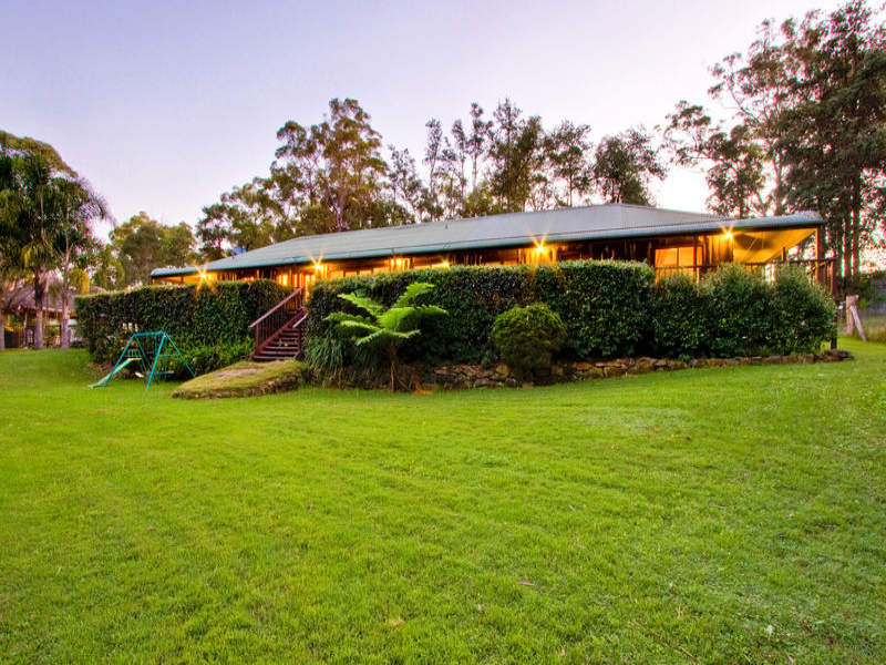300 Roberts Creek Road, East Kurrajong, NSW 2758