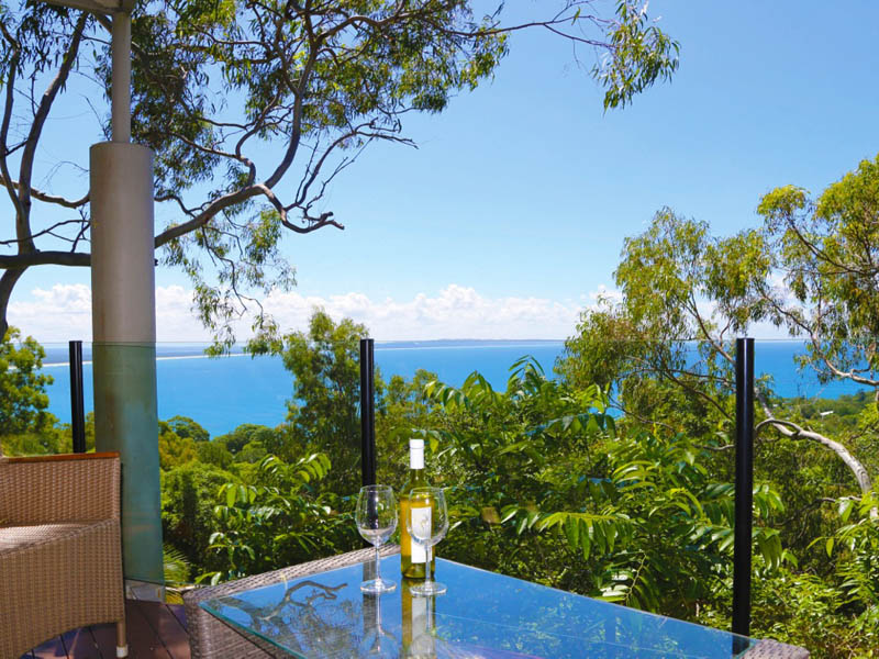25 Bayview Road, Noosa Heads, Qld 4567