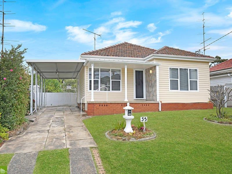 35 Dymock Street, Balgownie, NSW 2519