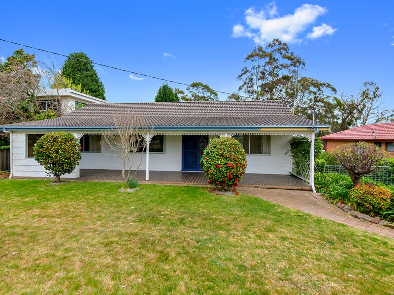 13 Oaklands Street, Mittagong, NSW 2575