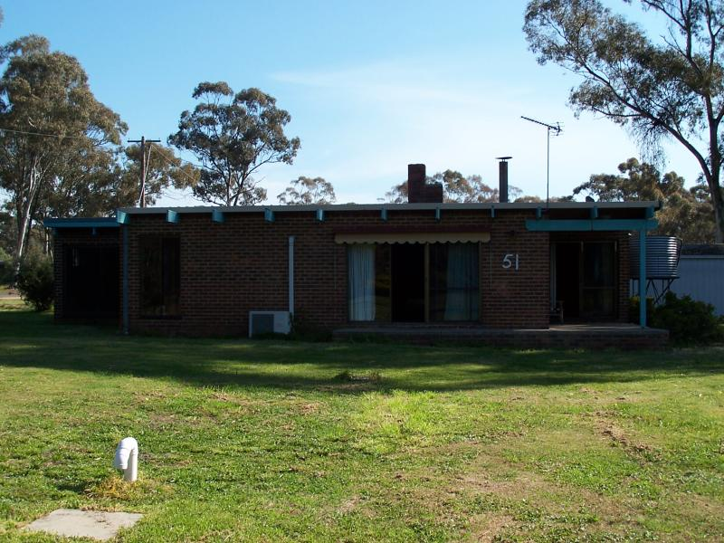 51  Gladstone, Tarnagulla, Vic 3551
