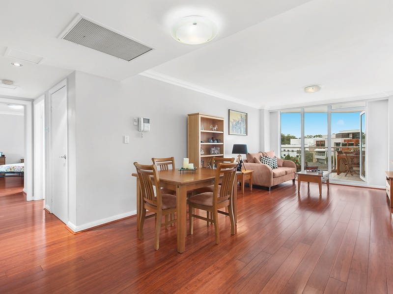 19/2 Pound Road, Hornsby, NSW 2077