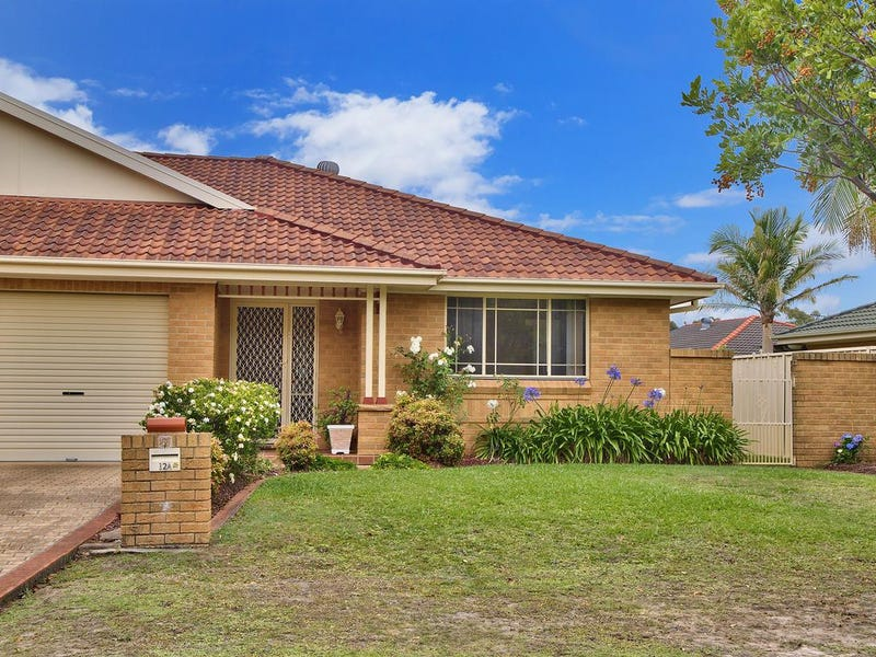 12A Castlereagh Crescent, Bateau Bay, NSW 2261