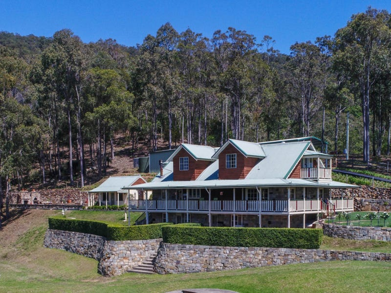 37 Moon Mountain Drive, Mount View
