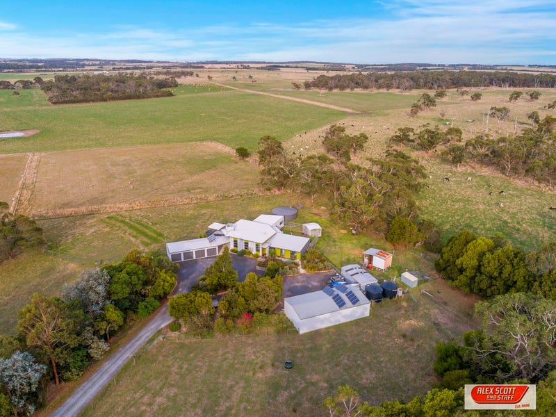 580 Lynnes Road, Wattle Bank, Vic 3995