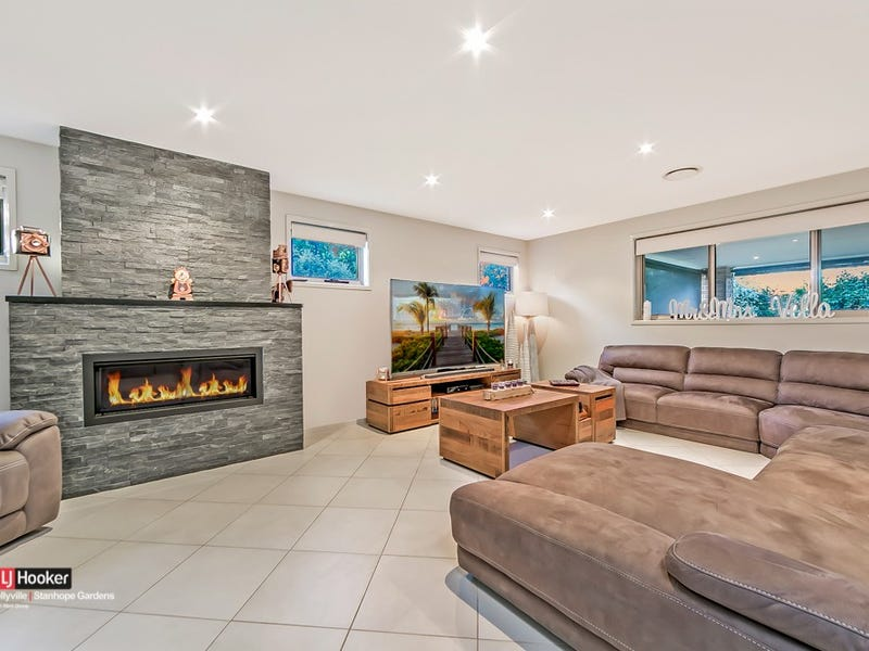2 Hotham Avenue, Beaumont Hills, NSW 2155