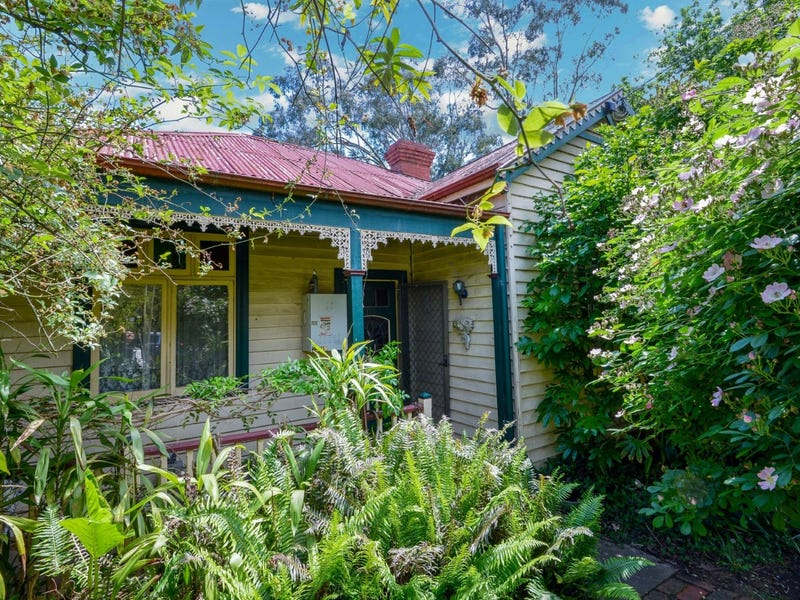 2909 Warburton Highway, Wesburn, Vic 3799