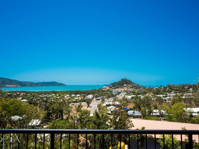 24 Country Road, Cannonvale, Qld 4802
