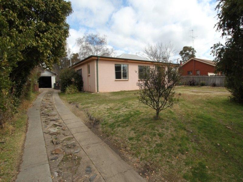 68 Lambert Street, Bathurst, NSW 2795