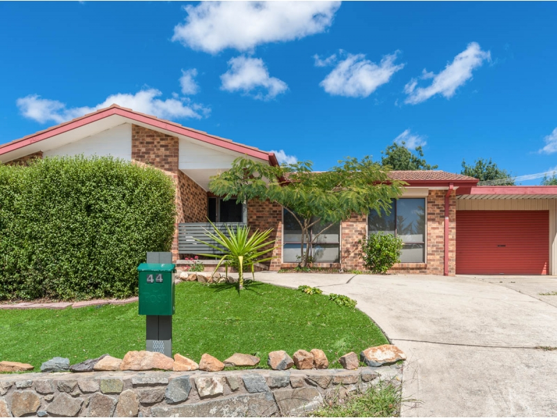 44 Mackerras Crescent, Theodore, ACT 2905