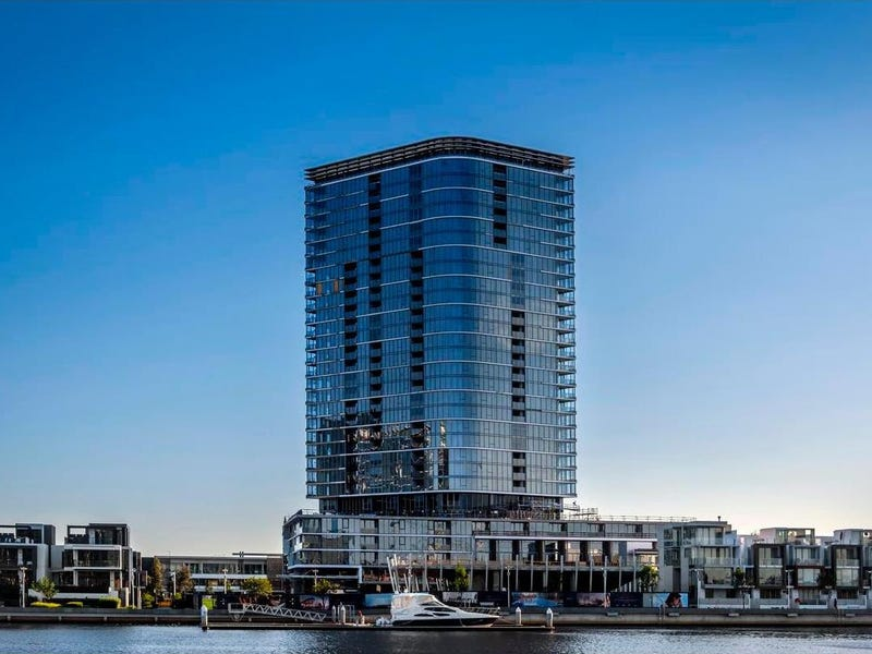 1305/81 South Wharf Drive, Docklands