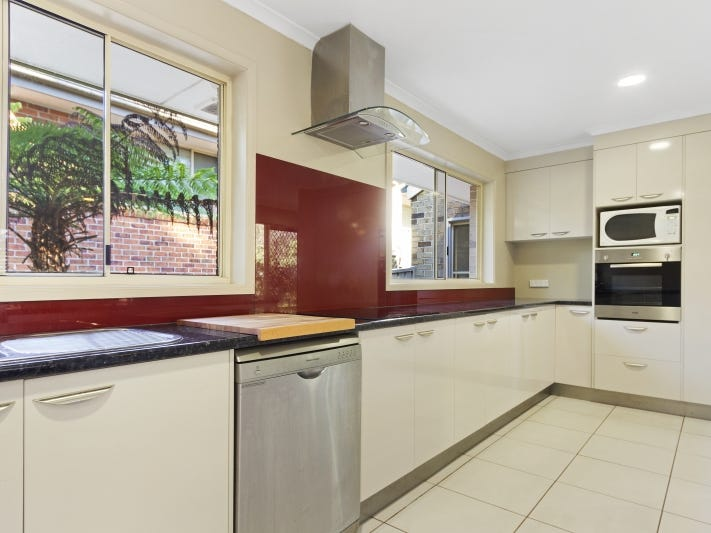 8A Lisa Place, Sunshine Bay, NSW 2536