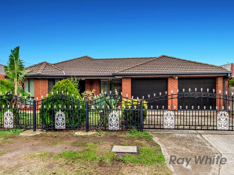 79 Moonstone Circuit, St Albans, Vic 3021