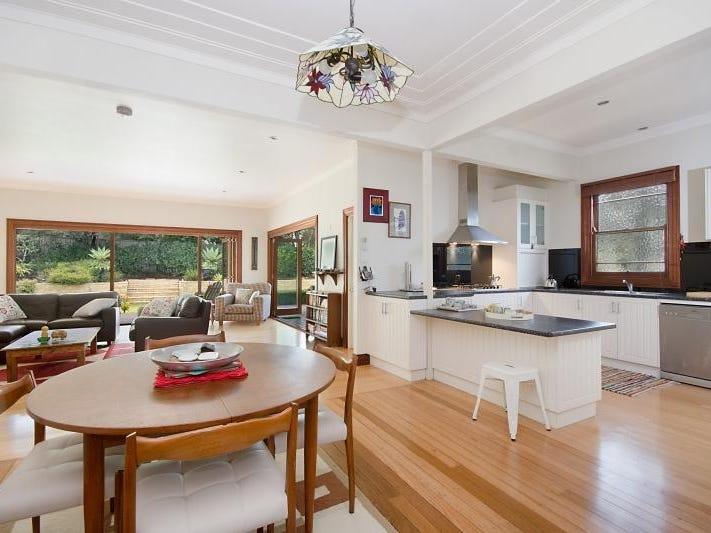 22 Oakley Avenue, East Lismore, NSW 2480