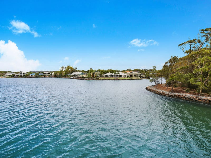 1 Karinya Place, Twin Waters, Qld 4564