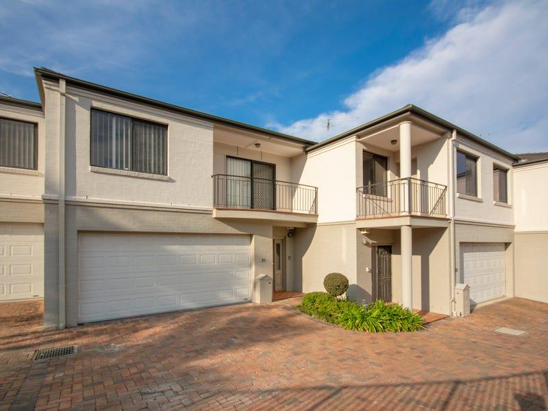 21/4 Hindle Terrace, Bella Vista, NSW 2153
