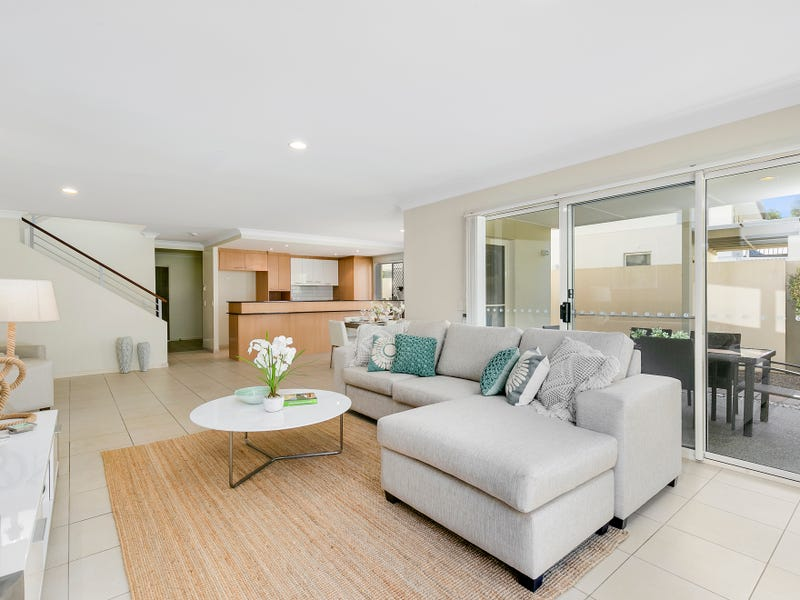 124/5 Easthill Drive, Robina, Qld 4226