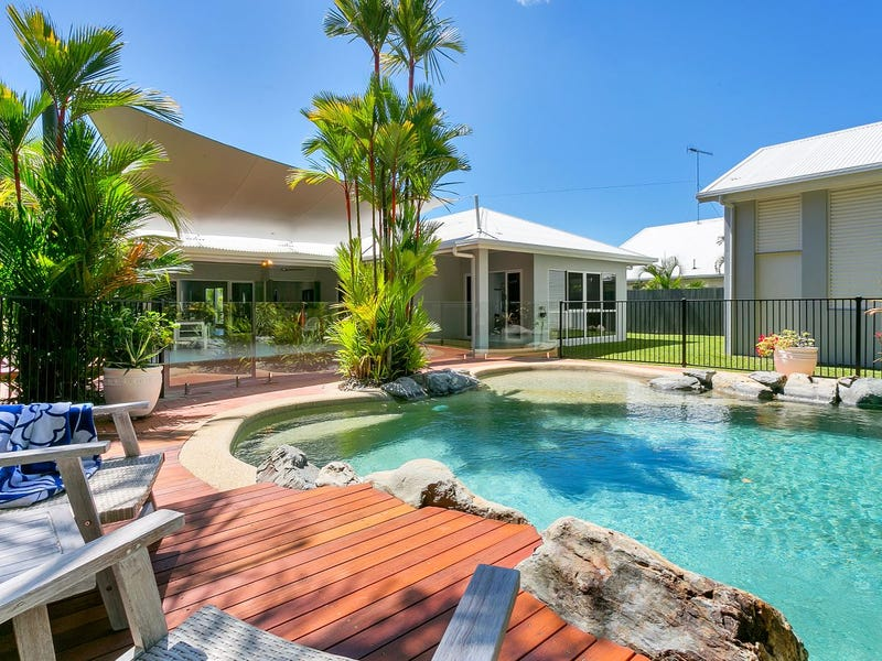 33 Bramble Street, Clifton Beach, Qld 4879