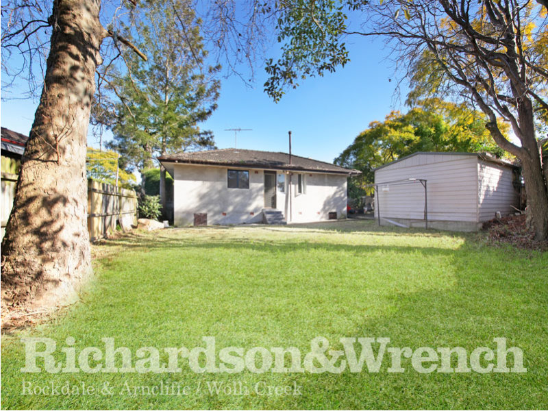 64 Cullens Road, Punchbowl, NSW 2196
