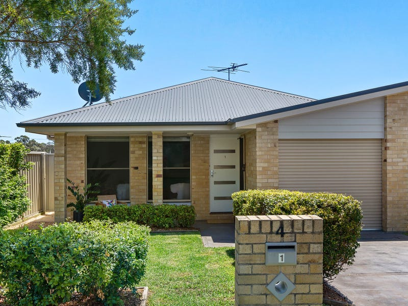 1/4 Allwood Close, East Branxton, NSW 2335