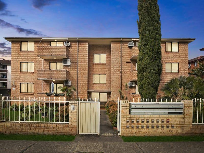15/6 Forbes Street, Warwick Farm, NSW 2170