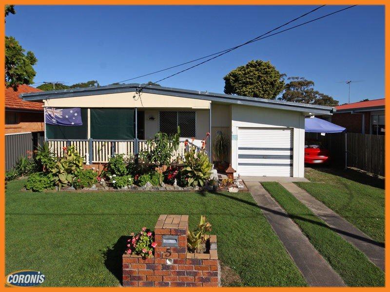 5 Hibiscus Avenue, Redcliffe, Qld 4020