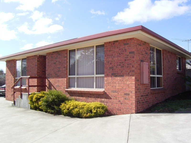 Unit 2/4 Flinders Place, Mayfield, Tas 7248