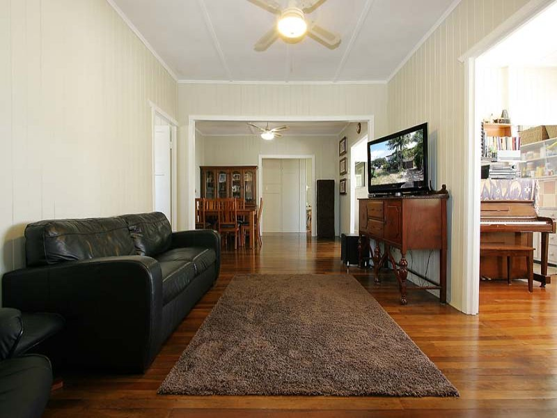 50 Jackson Street, West Mackay, Qld 4740