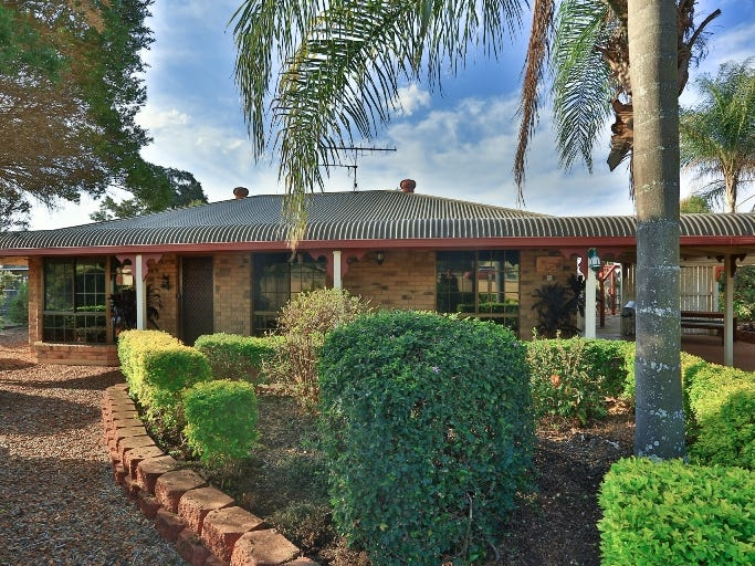 99 Brightview rd, Lockrose, Qld 4342
