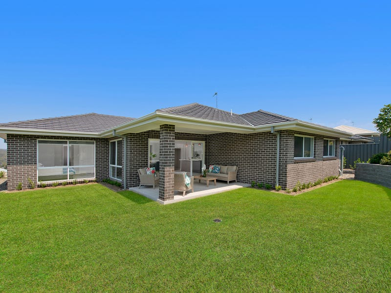 8 Satinwood Crescent, Kew, NSW 2439