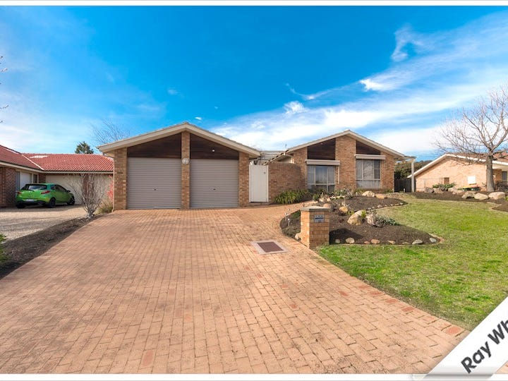 10 Conigrave Place, Bonython, ACT 2905