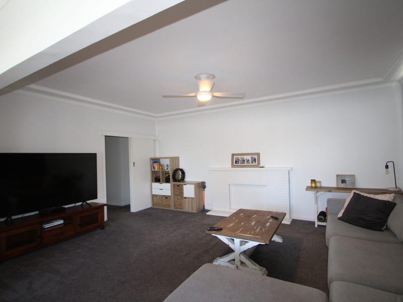 4a White Avenue, Singleton, NSW 2330