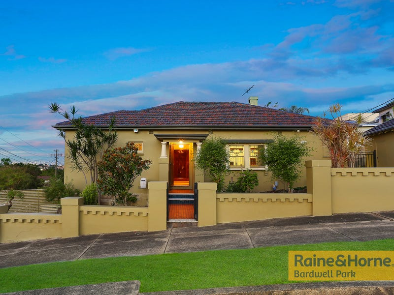 1 Trewilga Avenue, Earlwood, NSW 2206