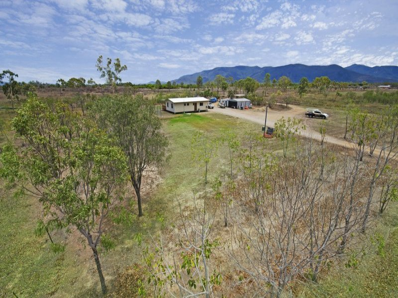 38 Jones Road, Woodstock, Qld 4816