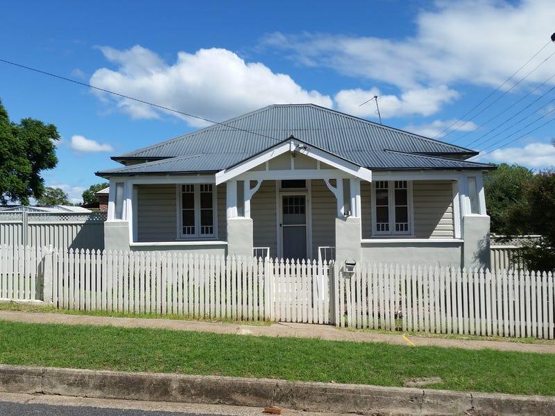 99 Crown Street, Tamworth, NSW 2340