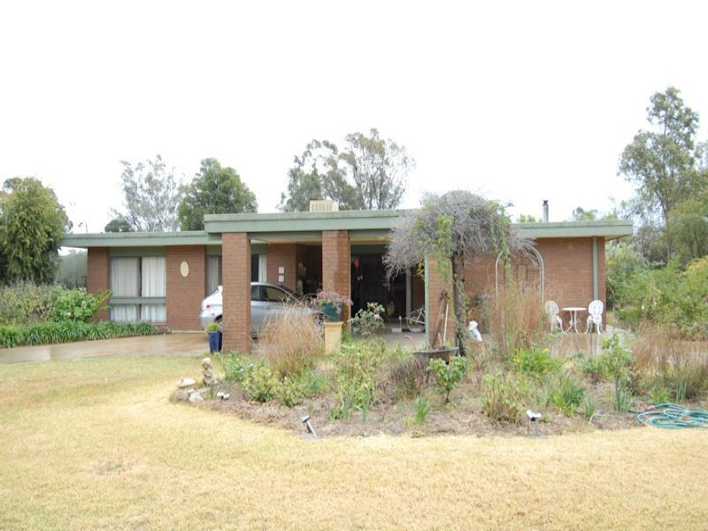 23 Cooinda Lane, Deniliquin, NSW 2710