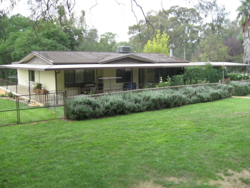 2 Rose, Wombat, NSW 2587