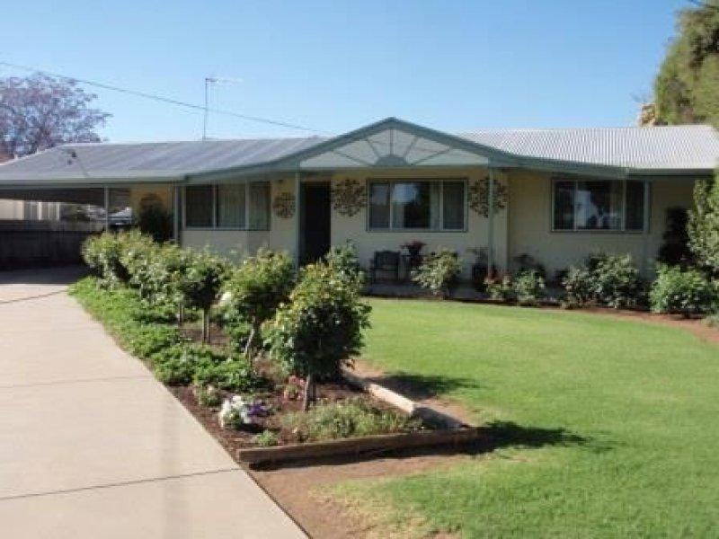 467 Cadell Street, Hay, NSW 2711