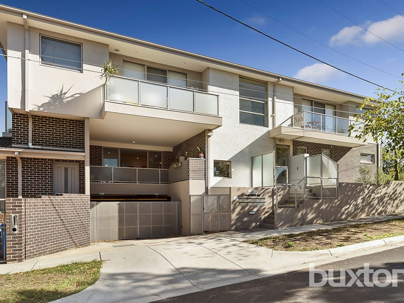 3/2A Rogers Avenue, Brighton East, Vic 3187